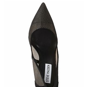 06058ad29cf Steve Madden Shoes - Steve Madden Darling Fishnet Pumps
